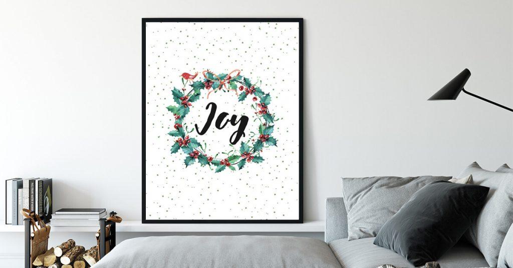joy božićni poster na zidu