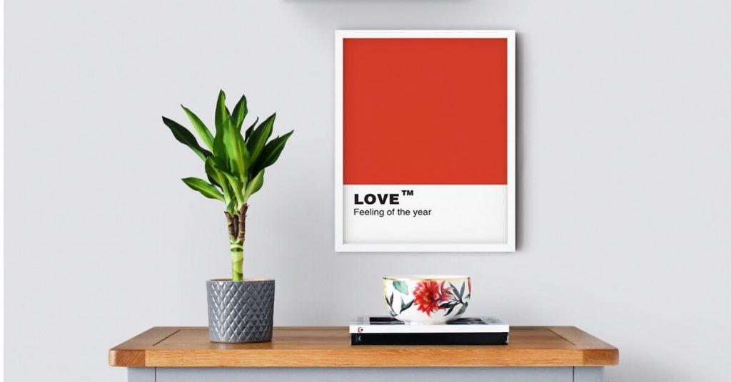 love poster na zidu