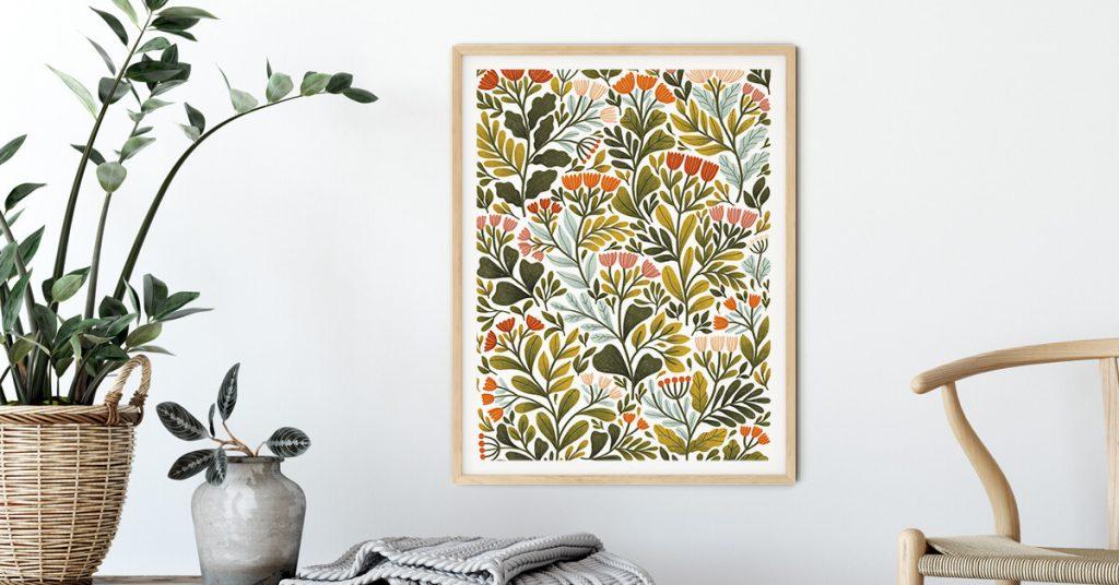 cvjetni poster na zidu